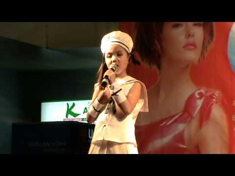 น้องแพรประกวดร้องเพลงสยามทีวี2010.mpg