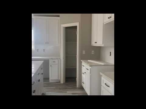 Brand new home in a class by itself! Features I've never before seen! Mobile Home Masters Tour from YouTube · Duration:  12 minutes 50 seconds