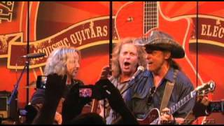 "NAMM 2010: Damn Yankees - ""Cat Scratch Fever"""