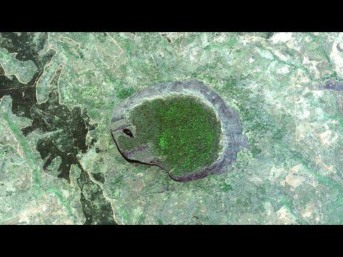 Затерянный мир на горе Лико, что там нашли? Самые необычные островные горы на Земле.