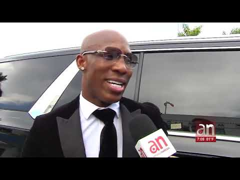El boxeador Yordenis Ugás recibió este martes las llaves de la ciudad de Miami