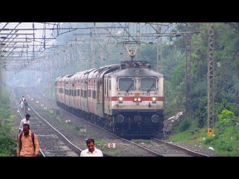 Happy Birthday to Fastest Train of Delhi - Pune Sector | Restless Duronto Express