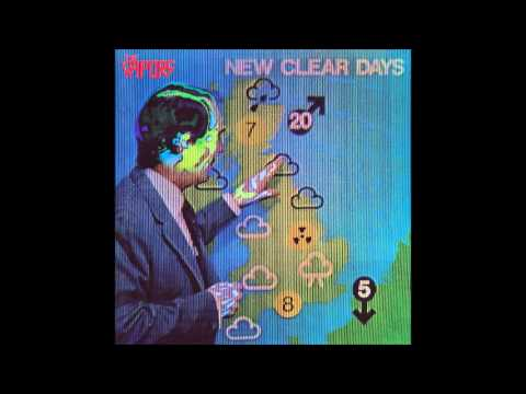 The Vapors - News At Ten (Original version) (Track 7 from New Clear Days LP, 1980)