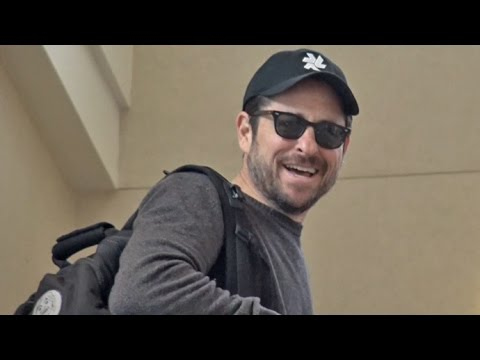 J.J. Abrams Almost Misses His Flight Out Of LAX