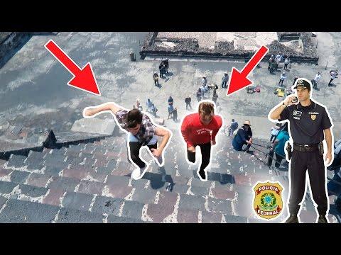 LA POLICÍA NOS DETIENE POR CORRER EN UNA PIRÁMIDE!