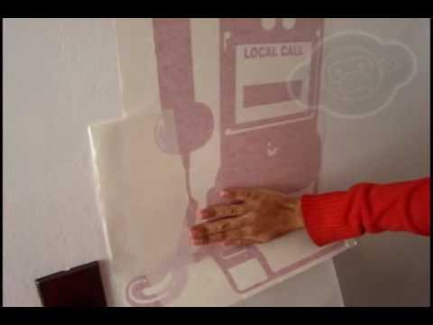 Instalaci n vinilos adhesivos murales www mevuelvomono for Murales adhesivos
