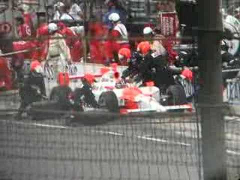 2007 Indy 500 Helio Castroneves Pit Stop
