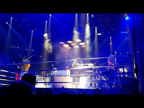 Arcade Fire - Everything Now @ Viejas Arena, SD (10/18/17)