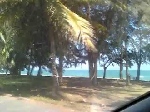 เลาะหาดบ้านกรูด ยามฟ้าใส ทะเลสวย