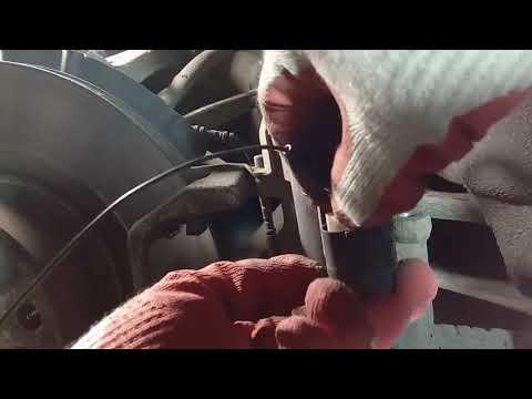 Замена тормозных колодок БМВ Х3