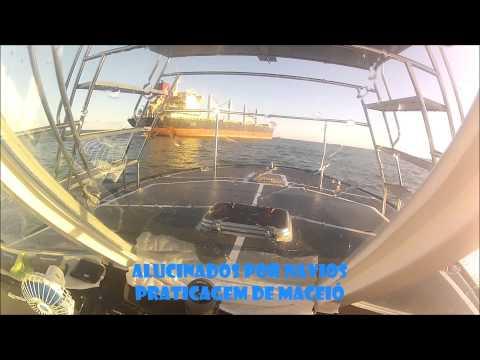 Desembarque do Prático Hansen após desatracação do GAIL