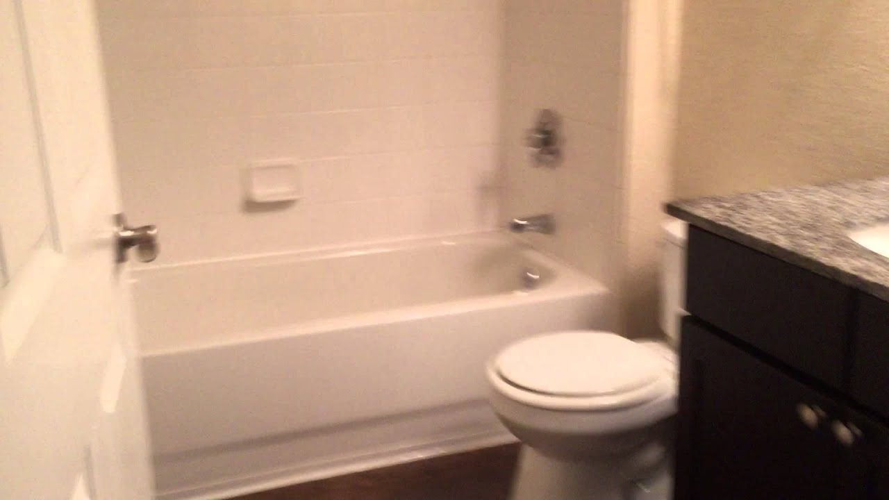 5106 1 bedroom 800 square feet youtube for Bathroom square footage