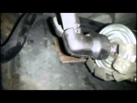 Fuel Filter Changing on a 1998-2011 Ford Panther vehicle walkthrough -  YouTubeYouTube