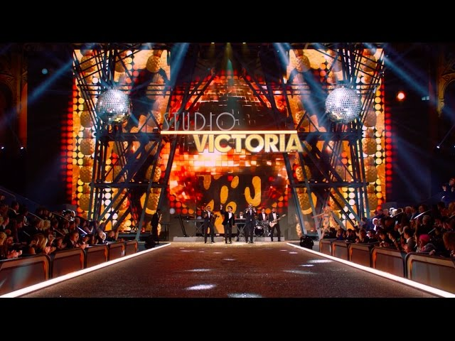 Bruno Mars - 24K Magic (from the Victoria's Secret 2016 Fashion Show) [Live]
