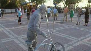 Video Silver Man Street performer download MP3, 3GP, MP4, WEBM, AVI, FLV November 2017