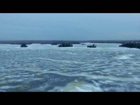 Phantom 3 Advanced - Frozen Lake Flyover