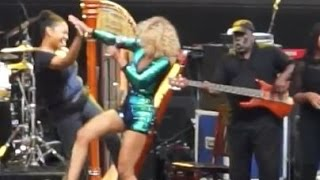 """Tulani- Artscape Baltimore 2015 07 17  """"Tell it what it do to you"""""""