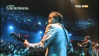 Los Bunkers - Cancion De Lejos + Sabes Que (DVD Teatro Caupolican 01.09.2011)