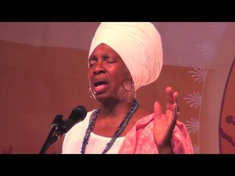 """Krishna Kaur Sings """"Ek Ong Kar"""" LIVE at Sat Nam Fest West '13"""