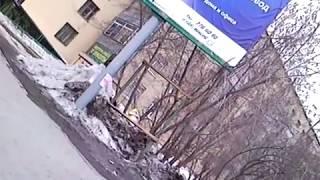 24 марта 2011 Доставка корпоративной почты (хронометраж)(В 17:12, проезжая возле дома Белинского, 78 - заметил, что на тротуаре чёрная Мазда пострадала от падения с крыши..., 2011-04-25T17:24:23.000Z)