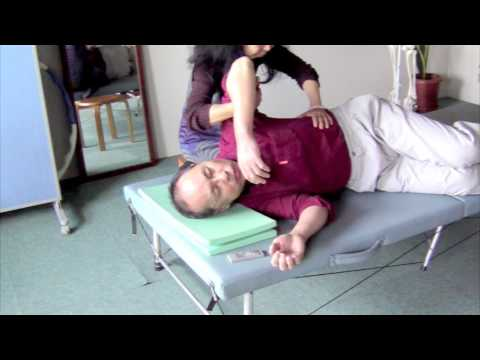Move ribs up and down (#Feldenkrais FI)