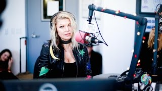 [SUBTITULADO] Fergie talks about Life Goes On