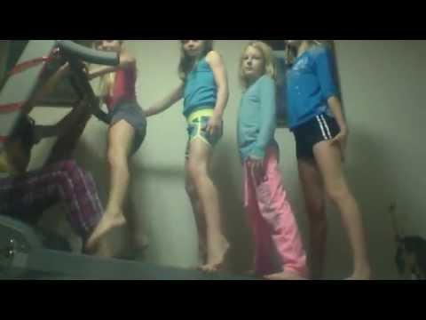 Webcam video from December  6, 2014 06:16 AM sooo funny lol