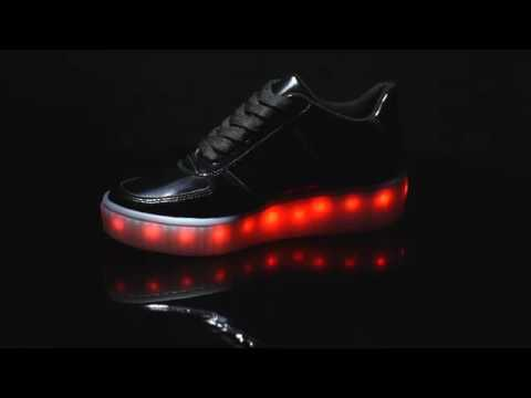 0186bde0835 Tênis Vizzano LED Preto. Lojas Paquetá