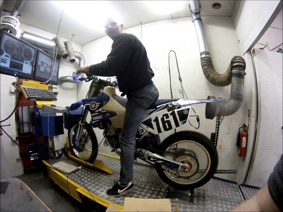 YZ125 dyno @ Projex Motorcycle Engineering 01384 633759