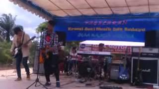 Download Video Aduel Rock live conser in indonesia bahar city  ( GEBY TINGGAL KENANGAN ) MP3 3GP MP4