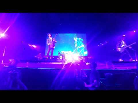 Avenged Sevenfold - Nightmare / FRONT ROW HD FOOTAGE / Live in Fort Wayne Indiana / September 2016