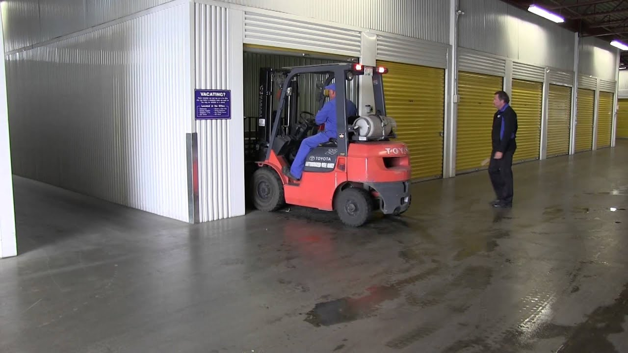 Forklifts, Pallets and Loading Docks Services at Our Kelowna