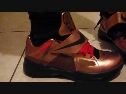 Nike Zoom KD IV Christmas On Feet - YouTube