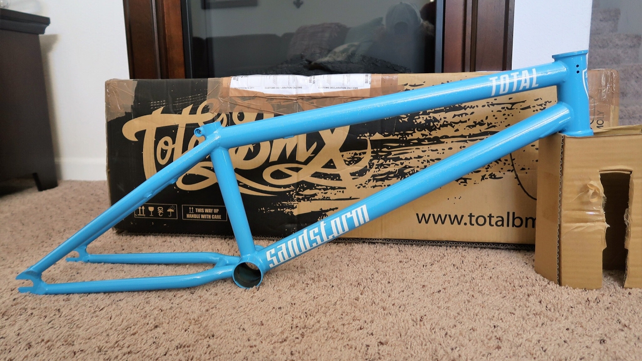 Total Bmx Sandstorm Frame Unboxing Youtube