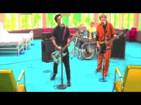 Green Day - Basket Case [HD] video oficial