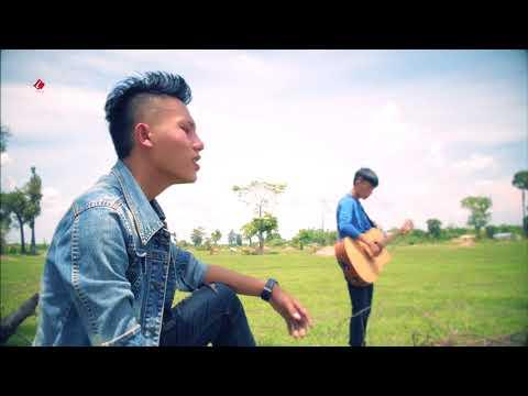 Huas Vaj New Singer Tsi Ntseeg Lus Taug Xaiv { Official Video } 2018 thumbnail