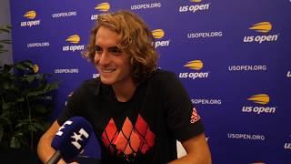 «Когда я родился, он уже не играл». Циципас угадывает автора фразы среди футболистов и теннисистов