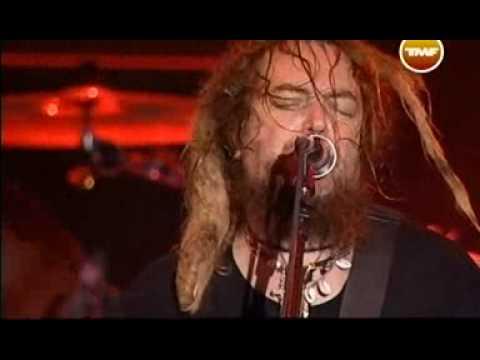 Cavalera Conspiracy - Roots bloody roots [HQ] (Live at Graspop 2008)