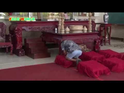 Begini Cara Orang Budha Sembahyang di Vihara