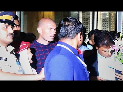 French Football Legend Zinedine Zidane Arrives in India | Full VIDEO
