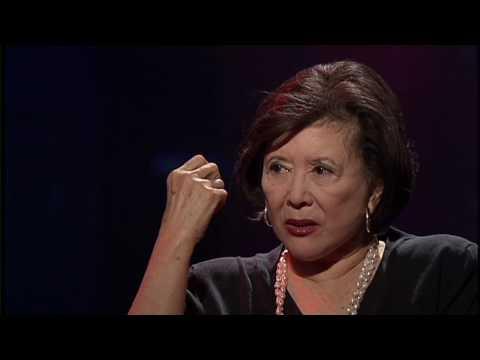 Maria Hinojosa Interviews Tsai Chin
