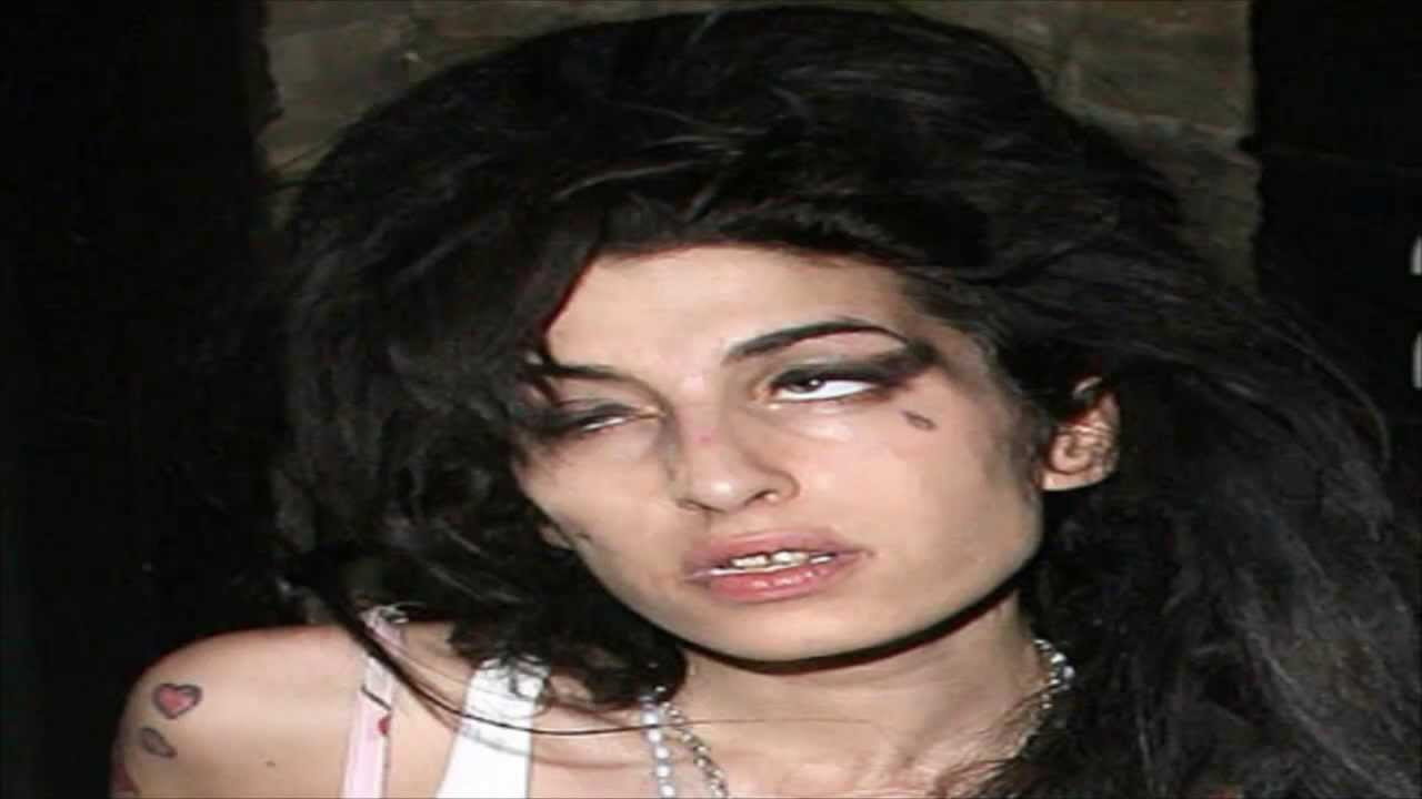 funeral de amy Winehouse 26/07/2011 - YouTube Amy Winehouse Death
