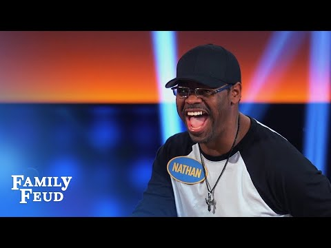 Boyz II Men podium serenade! | Celebrity Family Feud