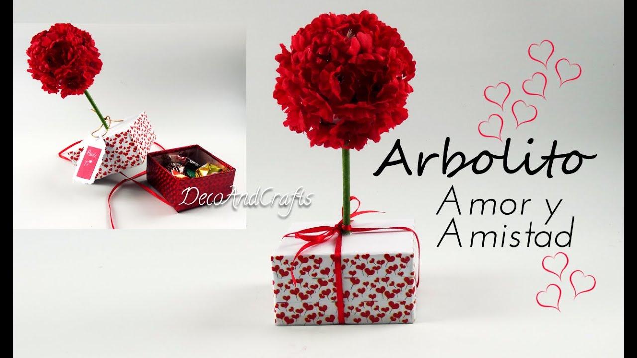 Cajita regalo sorpresa d a de san valent n centro de mesa for Decoracion amor y amistad