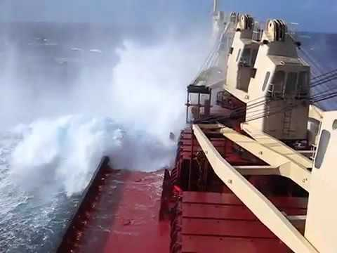 The storm in the Indian Ocean .