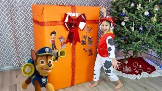 Marshall's Huge Paw Patrol Toys Surprise Christmas Present with My Size Look Out Tower!