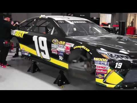 Subway joins Carl Edwards and 19 team in California