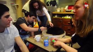 В Москве открылось первое котокафе «Котики и Люди»