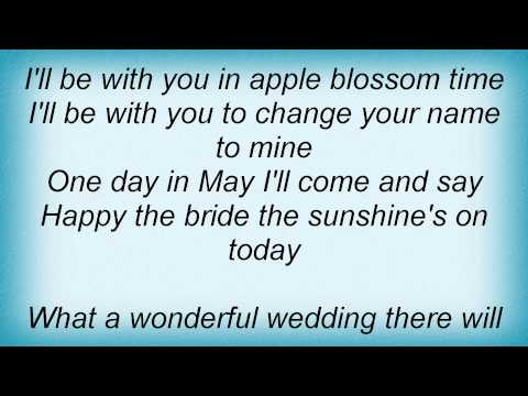Barry Manilow - In Apple Blossom Time Lyrics_1