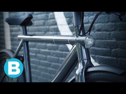 The new e-bike Electrified S2 by VanMoof locks by kicking it 🚲